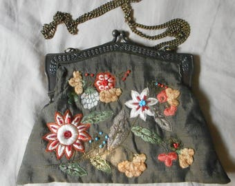 Lovely Vintage flower embroidered purse, Vintage purse, Bead embroidery
