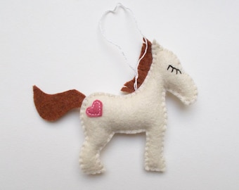 Felt horse ornament - handmande felt ornaments - Christmas/Housewarming home decor - Baby shower ornaments - eco friendly