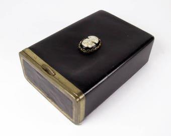 Vintage Cigarette Case in black leather with cameo, Princess Gardner, Collectible / Credit Card Case - Le Cas de Cigarettes.