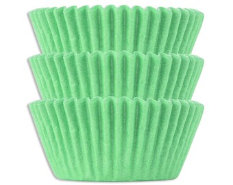Solid Light Green Baking Cups - 50 solid pretty pastel green paper cupcake liners, light green cupcake papers