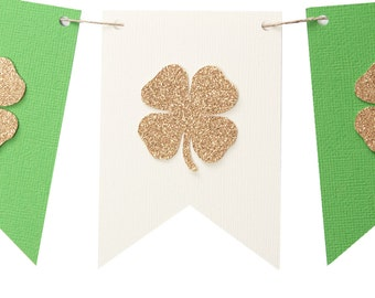 Saint Patrick's Day Garland - Shamrock Flag Banner - Saint Patrick's Day Banner - Saint Patrick's Day Photo Prop - Irish Flag Banner