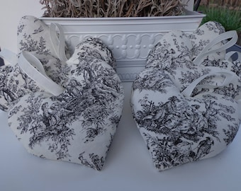 Lavender Sachet, Mother's Day Gift, Toile fabric, French fabric