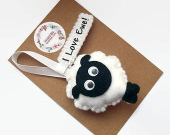 I Love Ewe, Felt Sheep, Personalised Ornaments, Cute Animal Decor, Easter Gifts, Easter Sheep,