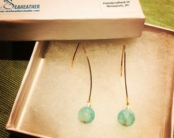 Water drop wire earrings