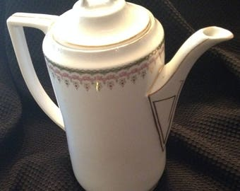 Porcelain Coffee Pot with Lid