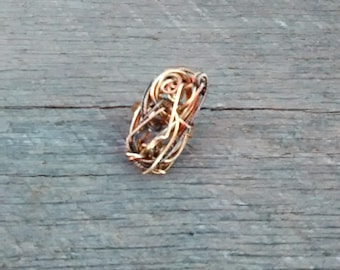 Eclectic Gold Tone Twisted Wire Ring , Inv. # 090