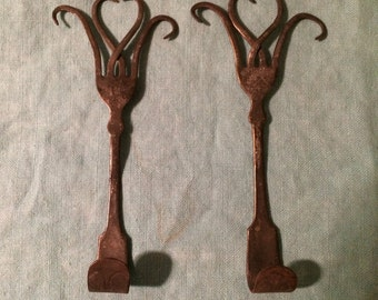Handmade Vintage Silverware Twisted Heart Wall Hooks; Set of 2