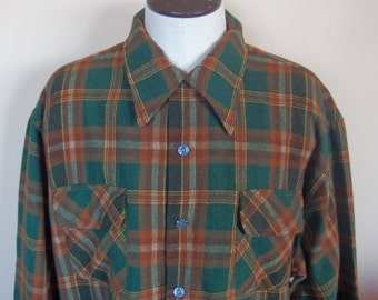 1950s Mens Wool Plaid Collared Shirt