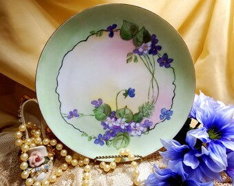 """Antique circa 1894-1931, Haviland France, Cabinet Plate 1O"""", Signed by Artist  Emma B Gilby"""
