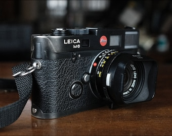 Vintage Leica M6 camera and Summicron-M 1:2/35 Lens from Karen Johnson, Excellent