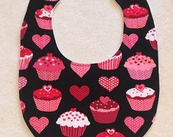 Baby, Toddler, Feeding Bib for Dinner, Dining in Pink and Red Cupcake and Heart Print