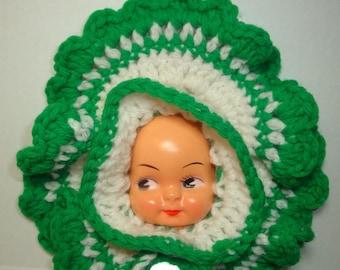 Vintage Doll Face Potholder, Hot Pad, Crocheted, Green and White, Mid Century Kitchen Decor, Retro Pot Holder