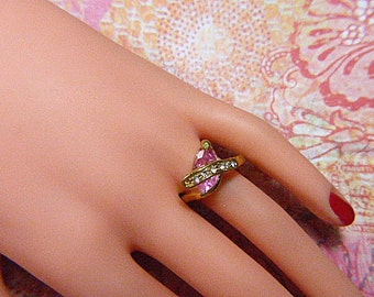 Unique Vintage Gold and Rhinestone Ring - Size 9.5 - R-482