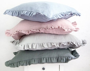 Ruffled pillow case with envelope closure made of baltic linen for your perfect sleep.