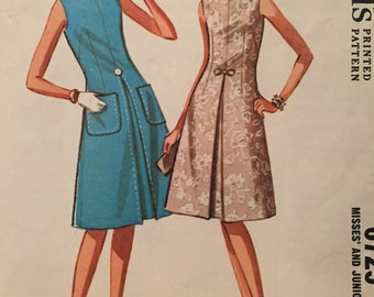 Fabulous Vintage Sheath Pattern----McCalls 6725---Size 12 Bust 32