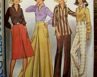 Vintage Uncut 70's McCalls Blouse and Skirt Pattern, sz 12 (bust 34), 5655