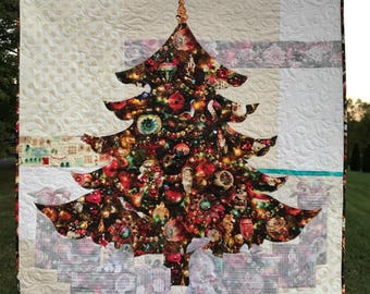 JOY Quilt Pattern / Christmas Tree / Quilted Wall Hanging / Pattern / Quilt Patterns / Christmas Decor / Easy Quilt Pattern / Use Both Sides