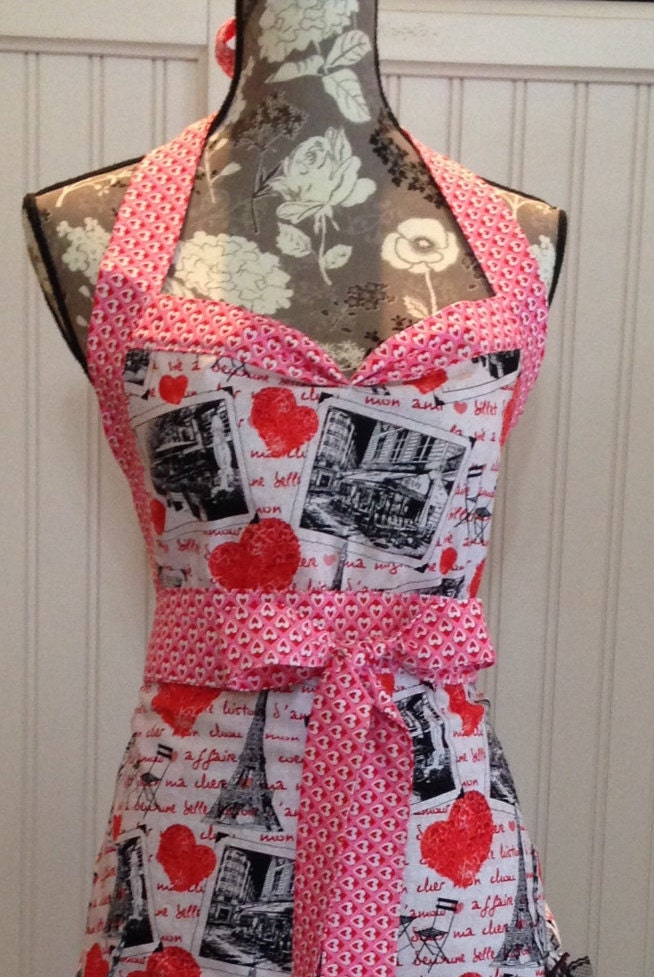 Women S Ruffled Full Apron Paris Theme Red Toile Red