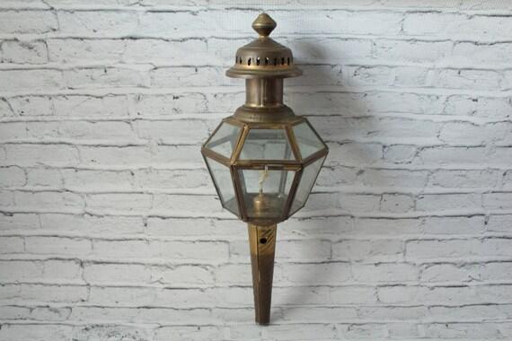 Vintage Brass Buggy Lamp Oil Lamp Kerosene Lantern Glass Panels Antique Car  Light Farmhouse Covered Wall Lighting Victorian Era Light