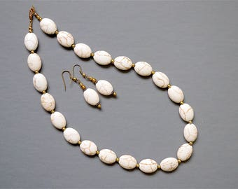 White Turquoise 18.5 Inch Necklace & Earrings Set (Item Z 56)