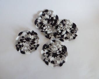 lot 2 small black and white doilies
