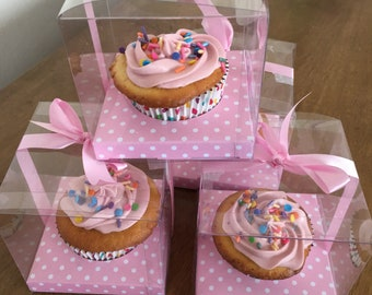 Party favor cupcakes