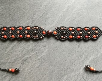 Bracelet macrame and gemstones