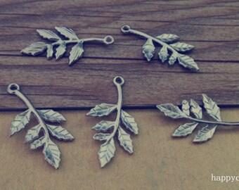 20pcs of Antique silver leaf charm pendant  16mmx30mm