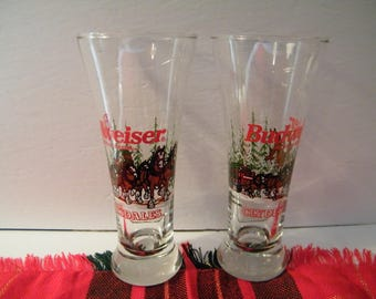 Budweiser Clydesdales Fluted Beer Glasses, 2 Vintage 10 ounce Holiday glasses from Anheuser Busch 1996 , Man Cave serving, gift