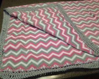 pink & gray chevron fleece blanket
