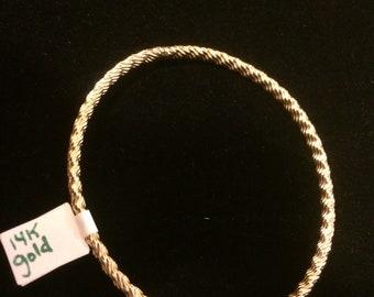 14 karat gold bangle