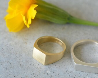 Gold signet ring womea, square gold ring, 14k gold solid ring, 14k gold pinky ring, pinky signet ring,  seal ring, solid gold ring, 14k ring