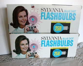 Sylvania blue dot Flashbulbs, Sylvania blue bulbs, Vintage Flashbulbs, Blue Flashbulbs