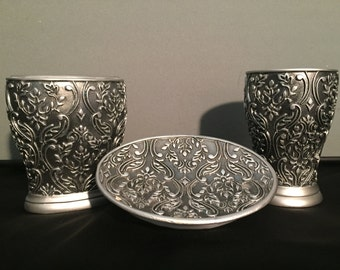 Silver filigree Bathroom set