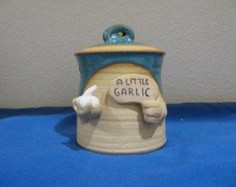 A little garlic keeper