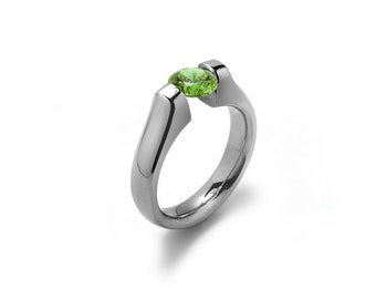 1.5ct Peridot Tension Set Ring Stainless Steel