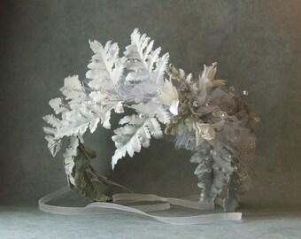 Fern Hair Wreath, Woodland Crown Tiara, White Bohemian Bridal Crown, White Wedding Hair Accessories, Boho Vine Crown, Floral Wreath Crown