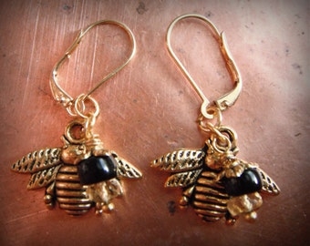 Late Spring Buzz, Gold Plated Bumble Bee, Facited Rondelle Citrine Bead & 22k resWires