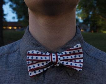 patriotic bowtie / free US shipping