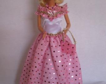 Beautiful long dress for Barbie (B234)