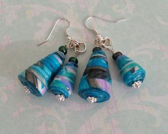 Turquoise paper bead earings