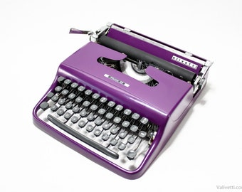 QWERTY - Typewriter Olivetti Pluma 22 - working portable typewriter - Violet typewriter - Olivetti Lettera 22 working typewriter - gift