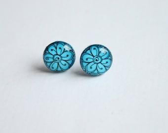 10 mm small studs, blue stud earrings, blue studs, flower studs, blue flower earrings,  small earrings,blue earrings, tiny earrings