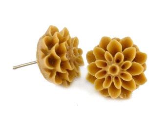 Light Brown Chrysanthemum Flower Post Earrings