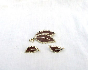 Sarah Coventry Gold Tone Leaf Earring and Brooch Set
