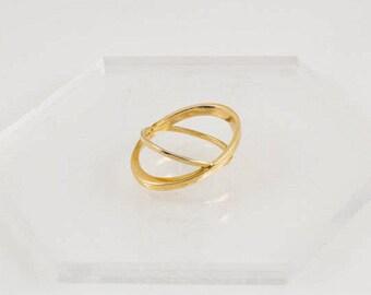 Orbit Ring in Polished Brass