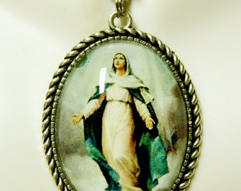 Immaculate Conception pendant and chain - AP09-168