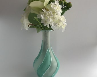 Blue Glass Vase, Decorative Flower Vase , Small Flower Vase, Glass Vase Décor, Single Flower Vase, Wedding Centrepiece, Shabby Chic,