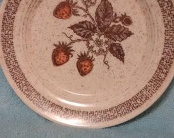 Homer Laughlin Strawberries Pattern Salad Plate