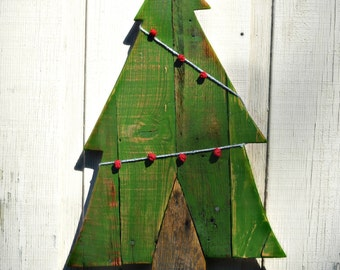Christmas Wood Trees wall hangers- pallet wood, garland holiday home decor